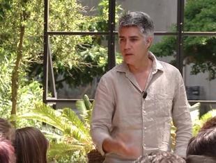 "Alejandro Aravena o ""Raportach z frontu"""